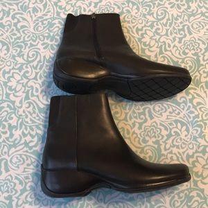 Women's Rockport boots